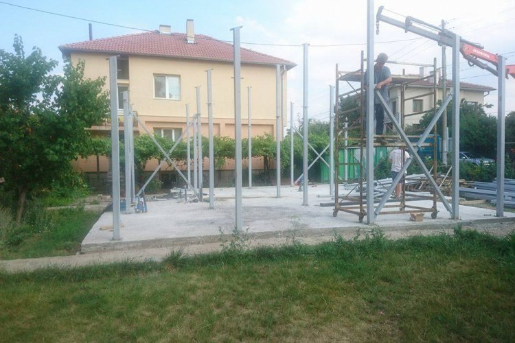 Къща със стоманена носеща конструкция - Image